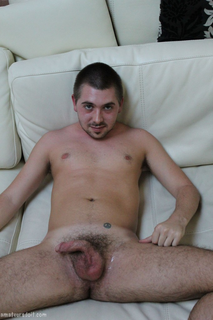 Amateurs-Do-It-Zayne-American-Big-Cock-Masturbation-Amateur-Gay-Porn-16 Amateur Young Backpacker Strokes His Long Cock With Big Mushroom Head