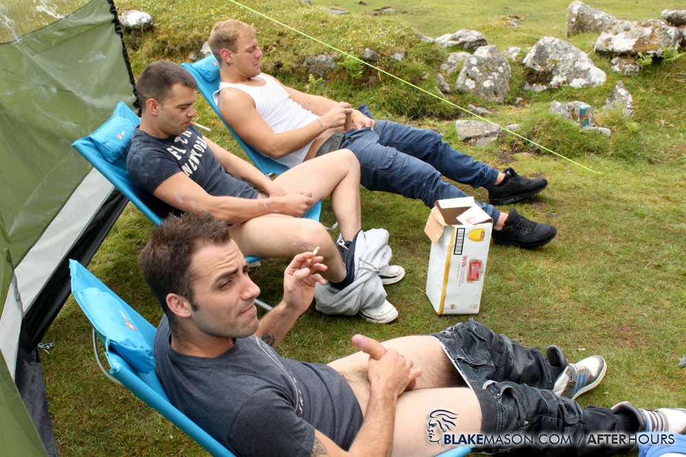 Blake-Mason-Mating-Season-Kai-Fraser-Bradley-Josh-Matt-Riley-Circle-Jerk-Big-Uncut-Cocks-Amateur-Gay-Porn-11 Circle Jerk While Camping With Six Amateur Big Uncut Cock Guys
