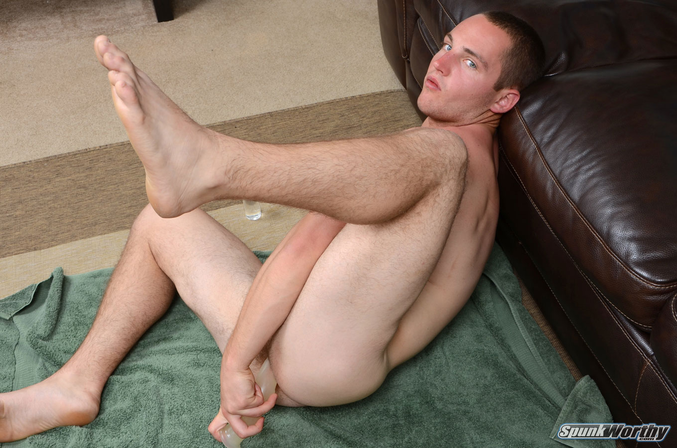 Straight Guy Gets Dildo In His Ass