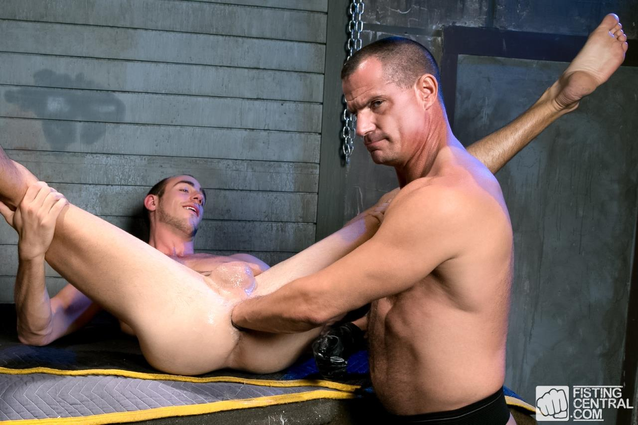 Fetish Force Byron Saint and Christian Mitchell Older Guy Fisting A Younger Guy Amateur Gay Porn 06 Bryon Saint Gets Fisted By Christian Mitchell